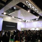 OPPO Unveils Super-Fast 15-Minute Flash Charge and World's First SmartSensor Image Stabilization Tech at MWC